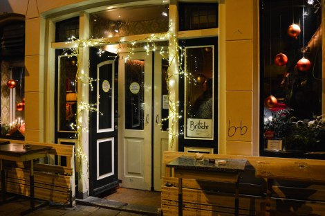 Entrance Cafe Brecht